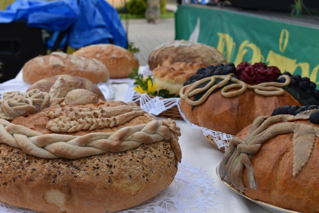 Chleby dożynkowe